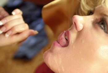 Facial Cumshot - Sperm on girl face